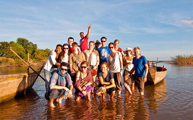 CWF-volunteers-Cambodia