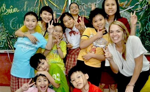 volunteer teaching in Vietnam